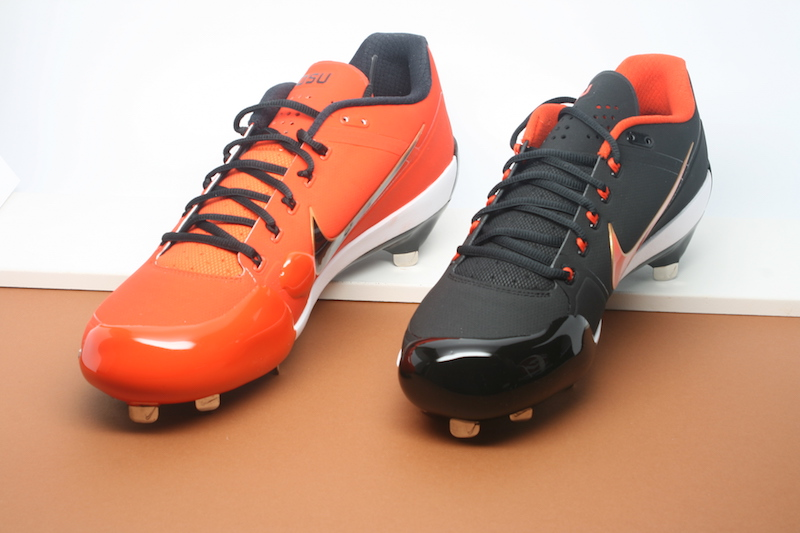 "<img src=""oregon_state_baseball_pitching_toes.jpg"" alt=""baseball orange and black pitching toes pitching toe""/>"